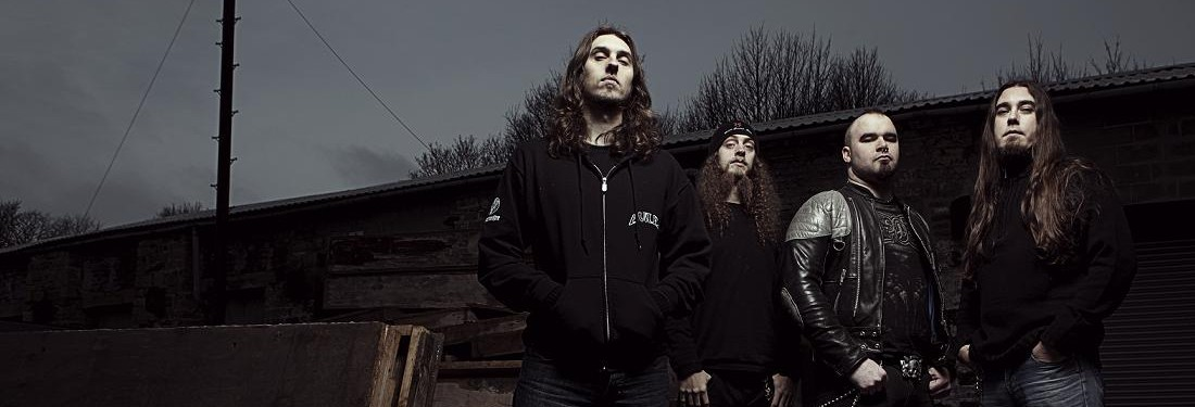 Evile guitarist quits